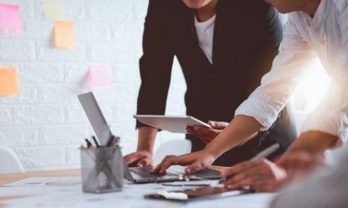 Cung cấp báo cáo phân tích doanh nghiệp